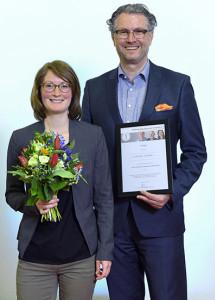 Bernd Altpeter, Gründer und Geschäftsführer DITG und Elisabeth Schwill, Central Krankenversicherung AG