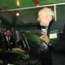 Jochen Jebens von der Crew erklärt fachkundig die Mechanik der Schleppvorrichtung.