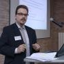Alexander Wahl, E&Lmedical systems GmbH, präsentiert eine interdisziplinäre und prozessbegleitende klinische Tumordokumentation.