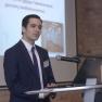 Sebastian Burck, Klinikum Fulda gAG, erklärt, wie Echtzeitlokalisierung von Patienten mittels RFID in der Zentralen Notaufnahme funktioniert.