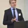 """Adrian Schmidt zählt die Vorteile der """"Integrierten Psychotherapeutischen Steuerung"""" (IPS) auf."""