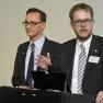 """Ulf Göres (links) und Thomas Bulang stellen das Konzept """"Innovative Patientenversorgung durch vernetzte Häusliche Krankenpflege"""" vor."""