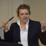 """Das  Projekt """"Stoppt Gewalt gegen Kinder"""" stellt Melanie Keßler von der TK-Landesvertretung Rheinland-Pfalz vor."""