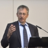 Dr. Peter Müller von der Stiftung Gesundheit beendet die Veranstaltung.