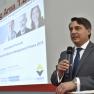Ekkehard Mittelstaedt, Geschäftsführer des Bundesverband Gesundheits-IT e. V., eröffnet die Preisverleihung des Medizin-Management-Preises 2015 auf der Networking Area der ConhIT.