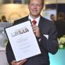 Für das Projekt CANKADO zur Steigerung der Therapieadhärenz in der Onkologie nahm Prof. Dr. Timo Schinköthe die Auszeichnung für den dritten Platz entgegen.