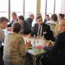 In der Mittagspause gab es Gelegenheit zum persönlichen Austausch mit den Referenten wie auch den anderen Teilnehmern.