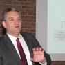 Ernst Peleikis, Fachbereichsleiter der DRF Luftrettung und Rettungssanitäter a. D., gibt einen Einblick hinter die Kulissen der DRF Luftrettung.