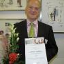 Der mit 2.000 Euro dotierte Medizin-Management-Preis würdigt den Innovationscharakter des Strahlen-Therapiegerätes INTRABEAM
