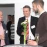 Bei einem Schluck Sekt wurden die Preisträger gefeiert und neue Kontakte geknüpft.