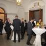 Nach der Preisverleihung haben die Gäste im Foyer die Möglichkeit zum persönlichen Gespräch mit den Preisträgern.